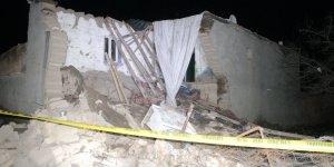 VİDEO - Kerpiç ev çöktü: 2 çocuk hayatını kaybetti