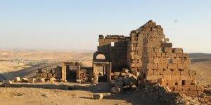 Zerzevan Kalesi 'maskeli' ziyaretçilerini bekliyor