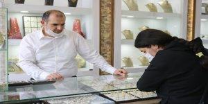"""Öner: """"Gram altının sene sonunda 410 lira civarında olmasını bekliyoruz"""""""