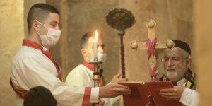 Mardin'de Paskalya ayini: Salgın bitsin diye dua ediyoruz