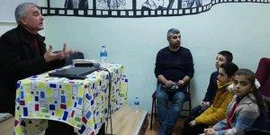 Yazar Gani Türk Mardin'de öğrencilerle söyleşti