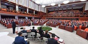 Meclis'te yasak 1 ay uzatıldı