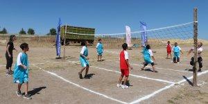 Diyarbakır'da çocuklar için 'Köyde kal spor yap' projesi