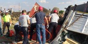 Diyarbakır'da feci kaza: 1 ölü, 1 yaralı