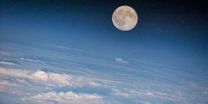 Ay sanılandan 85 milyon yıl daha genç