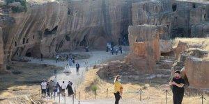 Dara Antik Kenti ziyaretçilerini büyülüyor