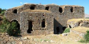 Diyarbakır'da bulunan tarihi kilise ve manastır turizme kazandırılmayı bekliyor