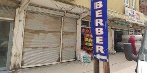 Karantina süresi içerisinde çalışan berbere 5 bin lira ceza