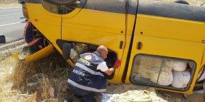 Mardin'de minibüs kazası: 2 yaralı