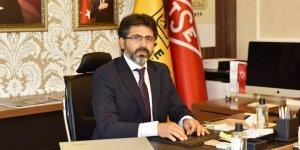 Dicle Üniversitesi'nin yeni Rektörü Karakoç göreve başladı