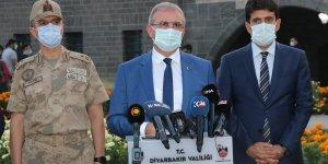 Diyarbakır'da 106 kişi yurda alındı