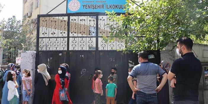 Diyarbakır'da 217 okulda yüz yüze eğitim kararı