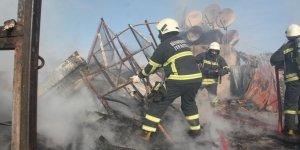 Diyarbakır'da yangın: Onlarca güvercin telef oldu