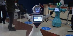 Batman'da hastaları robot ADA karşılıyor