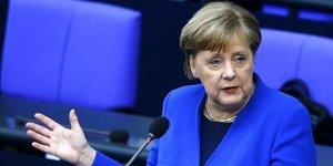 Merkel: İkinci bir dalgayı ekonomik olarak kaldıramayız