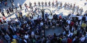 HDP Eş Başkanı Sancar, Sur'da vatandaşlarla bir araya geldi