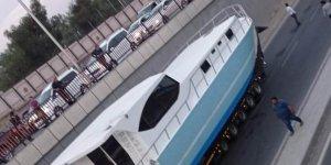 Denizsiz Diyarbakır'da tekne mahsur kaldı