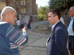 Belediye eş başkanı çiftçi yol çalışmalarını denetledi