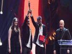Ödülü Tahir Elçi ve Hacı Lokman Birlik'e adadı