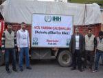 Sur ilçesinde bir kamyon yardım malzemesi dağıtıldı