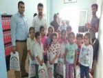 Silopi'de öğrencilere kırtasiye yardımı