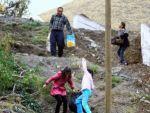 50 hane mahallelerine yol yapılmasını bekliyor