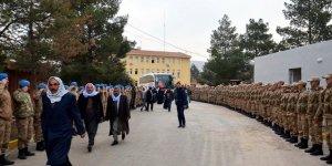 Derik'ten 30 güvenlik korucusu Afrin'e gönderildi