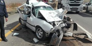 Şanlıurfa'da zincirleme kaza: 2 ölü, 3 yaralı