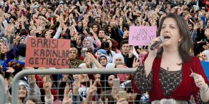 Buldan: Kürt ve Türk annelerin ayaklarını öpüyorum