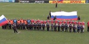 Milli maç öncesinde Rusya yerine Sovyet marşı çalındı