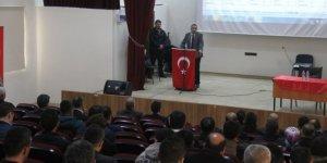 Silvan'da Mesleki Bilgilendirme Toplantısı Yapıldı