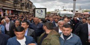 Zaza Şehmuz'u binlerce kişi uğurladı