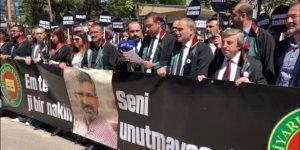 CANLI... Diyarbakır Barosu açıklama yapıyor...
