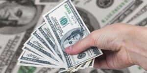 Euro ve dolarda yeni zirve