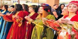 Yöresel kıyafetler düğünlerin vazgeçilmezi oldu