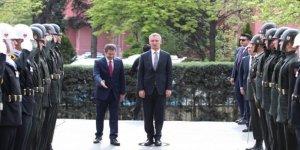 NATO: Operasyon Esed, Rusya ve İran'a açık mesaj