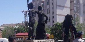 Kayyım Iğdır'da heykel yıktı