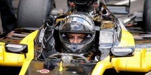 Yasağın kalkmasıyla ilk Suudi kadın F-1 pilotu, direksiyon başına geçti