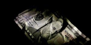 Dolar/TL, yeni haftaya 4.86'dan başladı