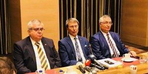 İYİ Parti'de üç kurucu üye istifa etti