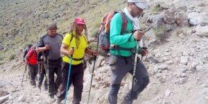 Vanlı dağcılar 5671 metreye tırmandı