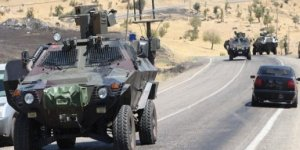 Askeri aracın geçişinin ardından patlama