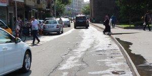 Kıbrıs caddesi esnafı hizmet bekliyor