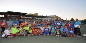 Cizreli küçük futbolcular, İspanya'da Türkiye'yi temsil edecek