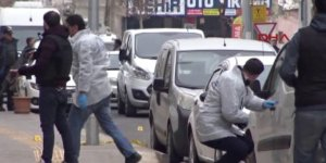 VİDEO- Diyarbakır'daki kanlı saldırı güvenlik kamerasına böyle takıldı