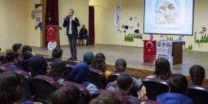 Öğrenciler suç örgütlerine karşı uyarılıyor