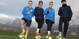 VİDEO- Hakkari kadın futbol takımına 4 yabancı transfer
