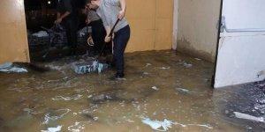 Bitlis'te Tekstil Fabrikası 'Sel' Suları Altında Kaldı