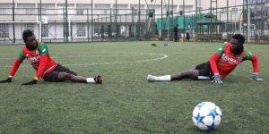 Senegalliler İkinci Yarıda Sahada