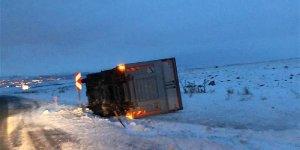 Kars'ta Tipide Mahsur Kalan Baba İle Oğlu Kurtarıldı